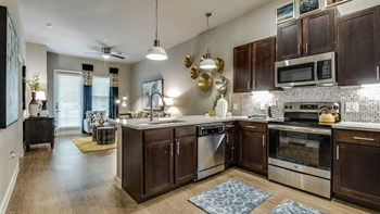 9600 Gaylord Pkwy 1-3 Beds Apartment for Rent Photo Gallery 1