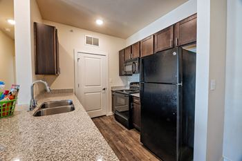 150 Amberwood South 1-3 Beds Apartment for Rent Photo Gallery 1