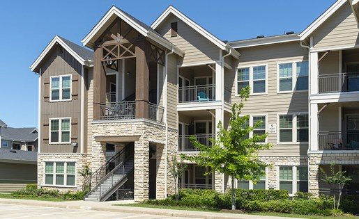 Image of the exterior view of our apartments Near George Bush Park