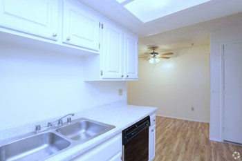 353 West San Marcos Blvd 1-2 Beds Apartment for Rent Photo Gallery 1