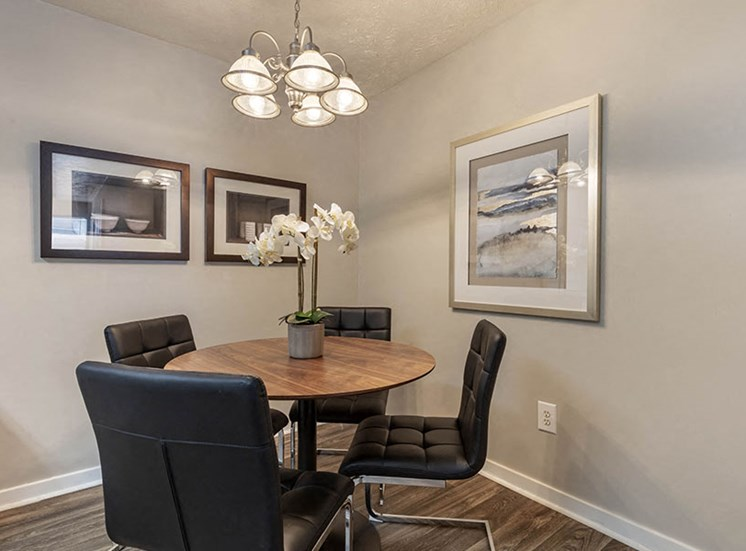 Defined Dining Space at Ridgeland Place Apartment Homes, Ridgeland, 39157