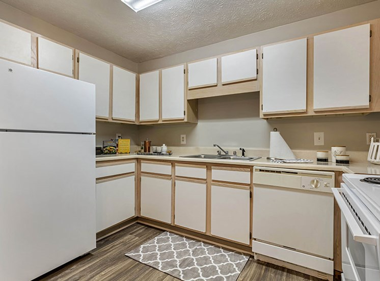 Fully Equipped Kitchen at Ridgeland Place Apartment Homes, Ridgeland