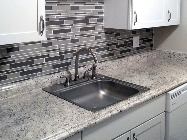 renovated kitchen at Aspen Run Apartments in Tallahassee, FL 32304