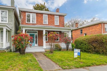 2408 3rd Avenue 4 Beds House for Rent Photo Gallery 1