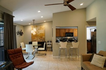 813 Sandpiper Lane, Ponte Vedra Beach 1 Bed Apartment for Rent Photo Gallery 1