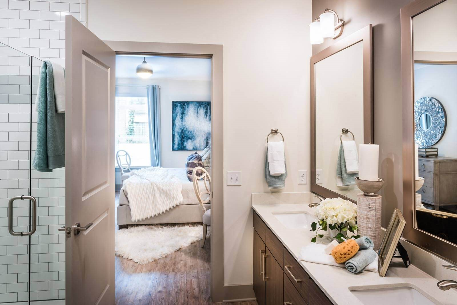 Spacious Bedrooms With en Suite Bathrooms at Windsor Parkview, Chamblee, 30341
