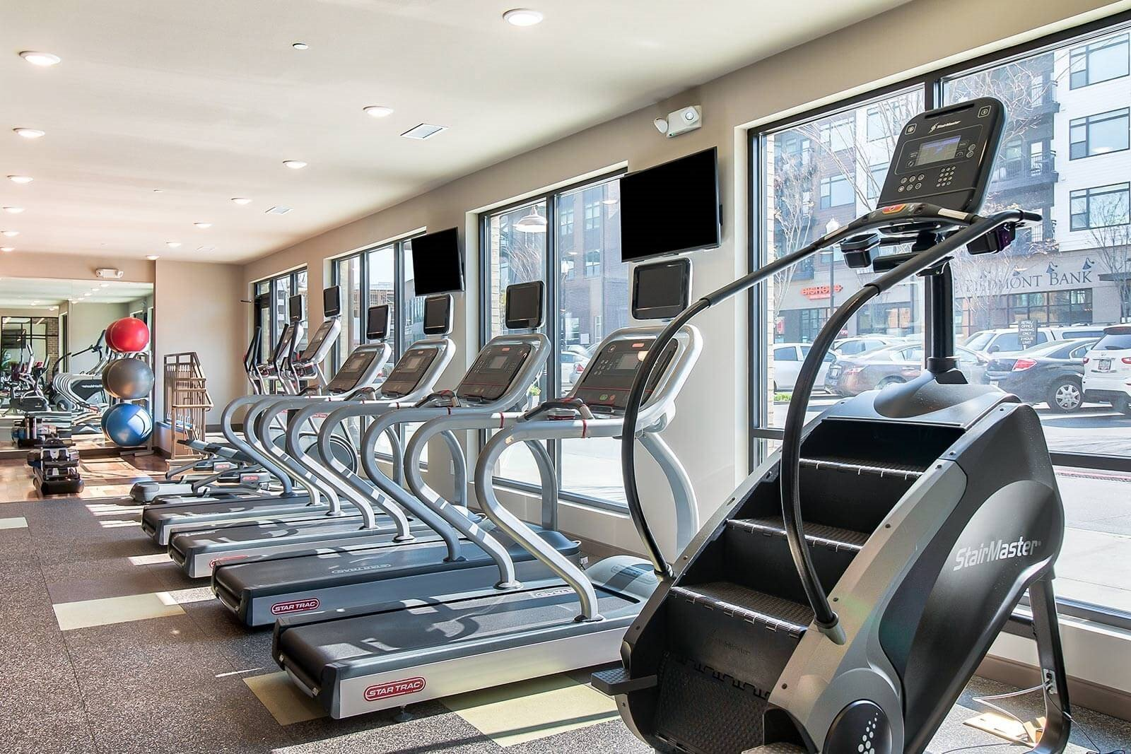 World-Class Fitness Center at Windsor Parkview, 5070 Peachtree Boulevard, Chamblee