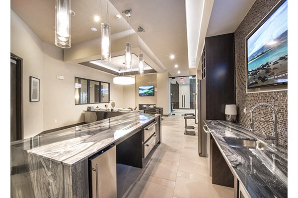 New Countertops and Cabinets at Windsor Turtle Creek, Dallas, Texas