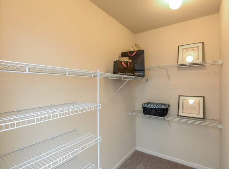 Do you need a closet large enough to walk inside to store your belongings and clothes?You'lll love the Walk-in-closets at The Finley Apartment Homes, Jacksonville, FL 32221