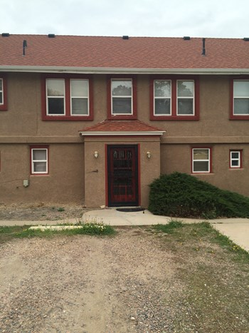 1690 Swadley St. 1 Bed Apartment for Rent Photo Gallery 1