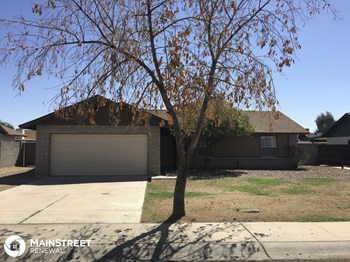 6833 W Sierra St 3 Beds House for Rent Photo Gallery 1