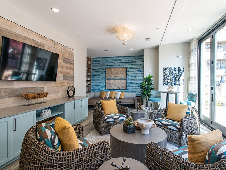 Resident Lounge Area at St. Marys Square Apartments, Raleigh, 27605