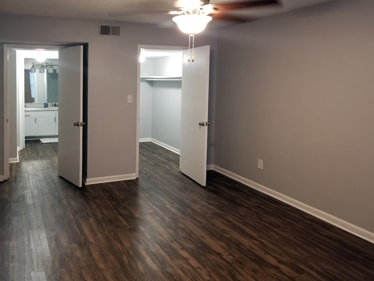 spacious bedroom at Heritage Park Apartments in Tallahassee, FL 32304