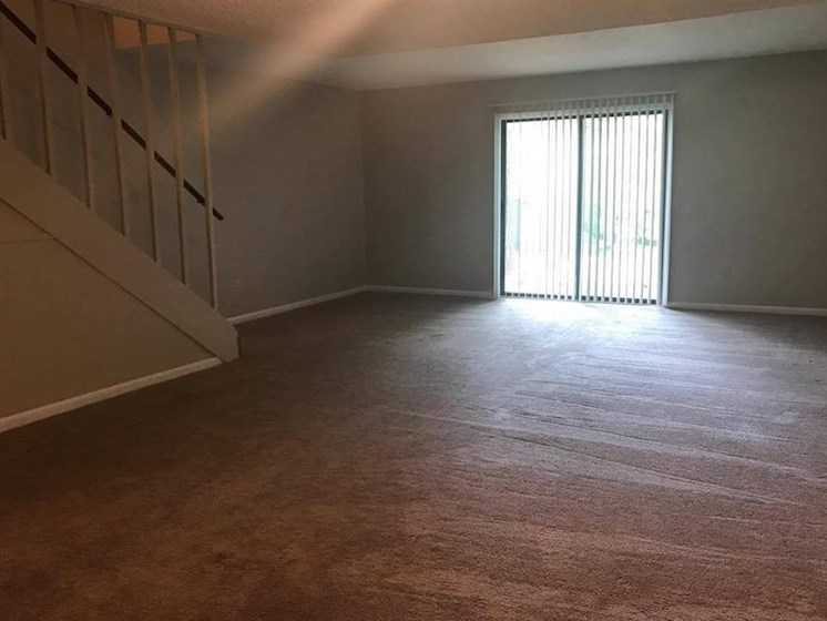 plush carpeting at Heritage Park Apartments in Tallahassee, FL 32304
