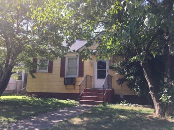 1301 Nelwood Drive 3 Beds House for Rent Photo Gallery 1