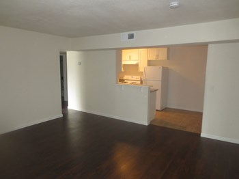 940 N San Joaquin Street Studio Apartment for Rent Photo Gallery 1