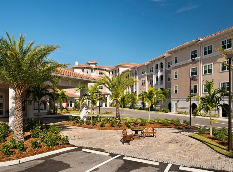 On-site management and maintenance staff at Diamond Oaks Village, Florida, 34134