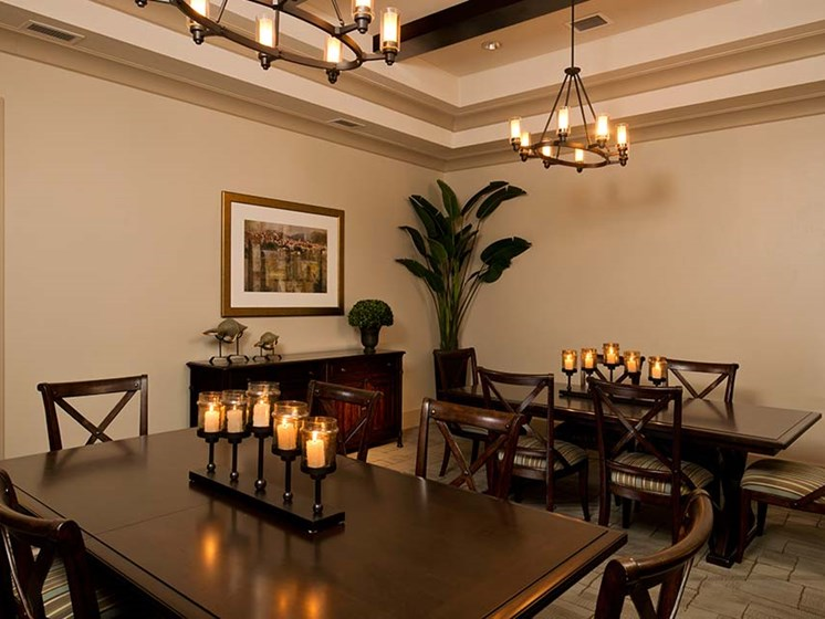 On-site dining room at Diamond Oaks Village, Florida