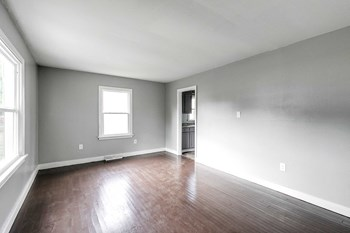 2914 Lynhaven Avenue 2 Beds House for Rent Photo Gallery 1