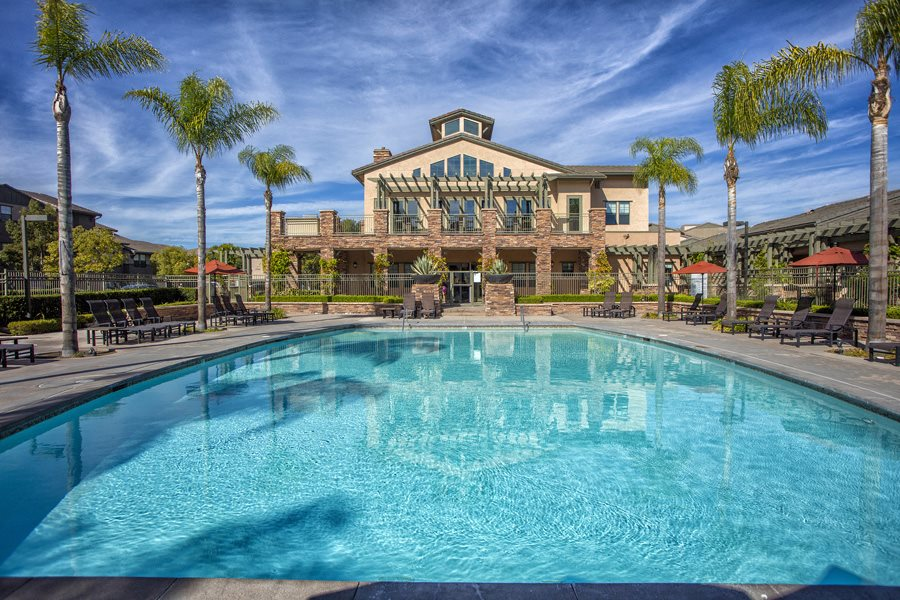 Apartments for Rent in Rancho Bernardo-The Reserve at 4's Ranch Pool