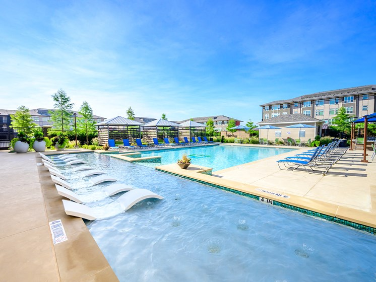 Harmony Luxury Apartments Offers Two Resort-Inspired Swimming Pools