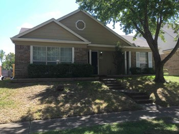 1900 Smokey Mountain Trl 3 Beds House for Rent Photo Gallery 1