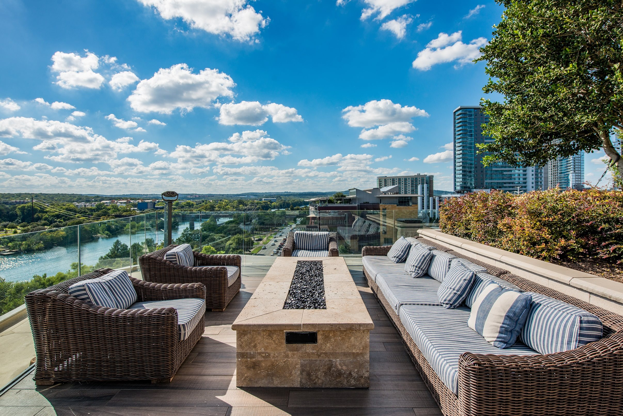 Luxury Downtown Austin Apartments | Northshore Austin ...