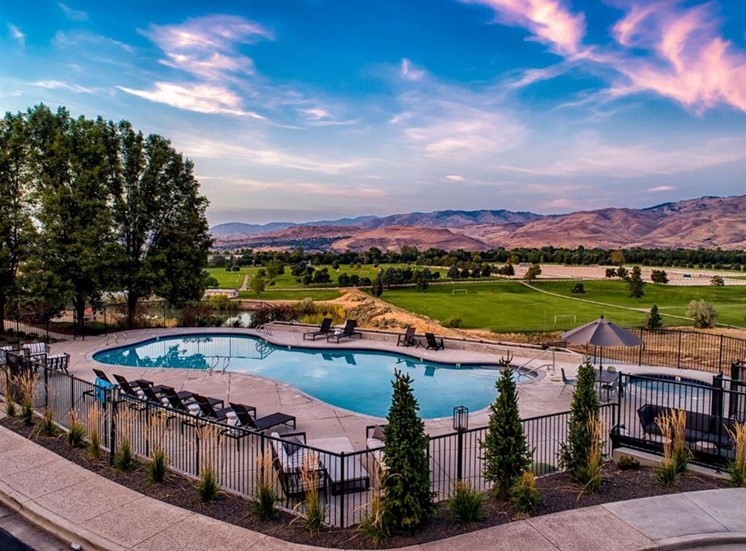 Resident pool and hot tub at Columbia Village, Boise