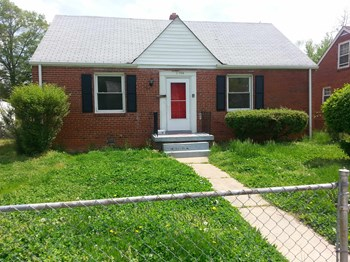 1504 Minefee Street 2 Beds House for Rent Photo Gallery 1