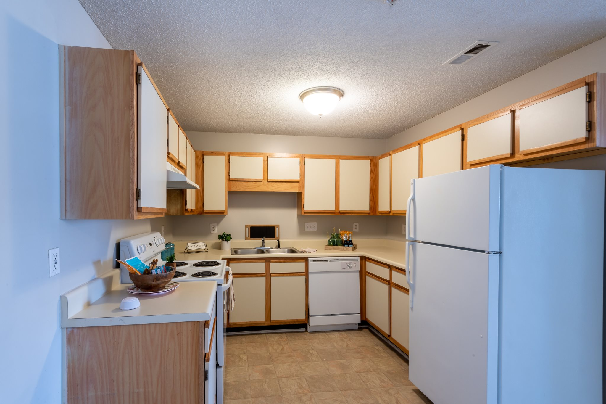 Spacious kitchens with plenty of storage at Mission Triangle Point