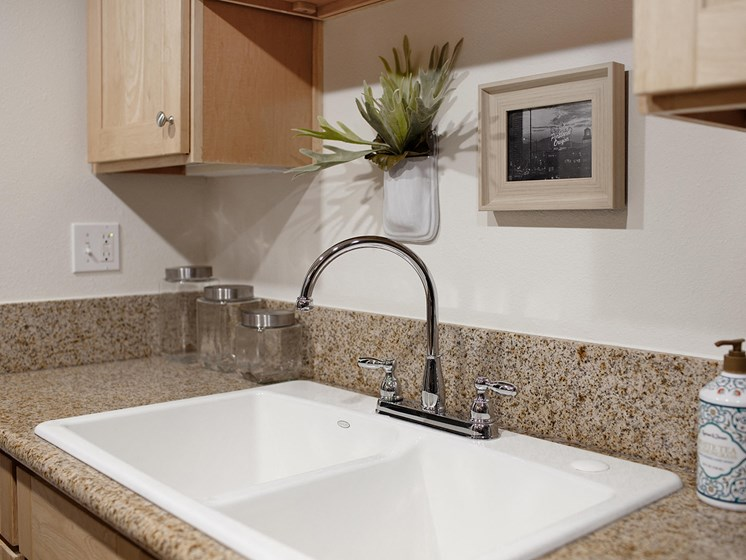 Cedar Hill Kitchen Sink