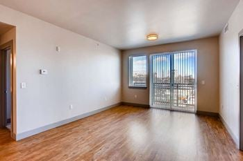 505 S Mason St Studio-3 Beds Apartment for Rent Photo Gallery 1