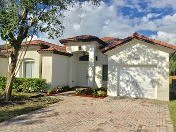 28168 SW 134th Court 3 Beds House for Rent Photo Gallery 1