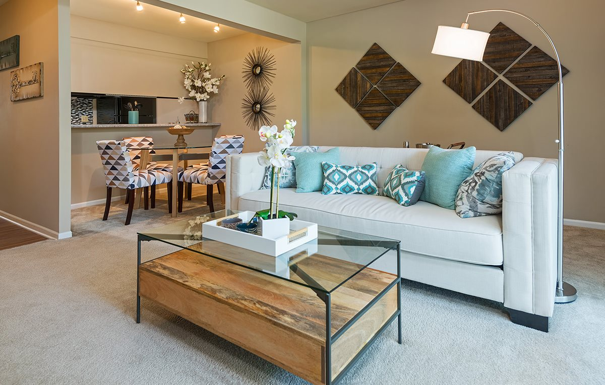 Highgrove at Big Bend | Apartments in Manchester, MO