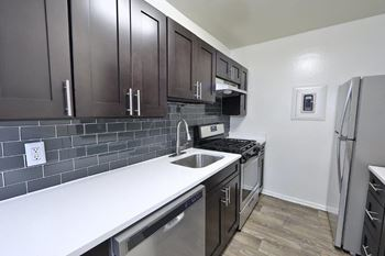 441 N Armistead Street 1-2 Beds Apartment for Rent Photo Gallery 1