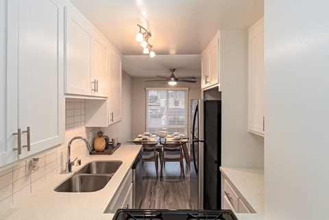 kitchen |Nola624 Apts