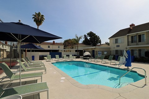 Pool with Lounge Chairs West Covina CA Rentals | |Nola624 Apts