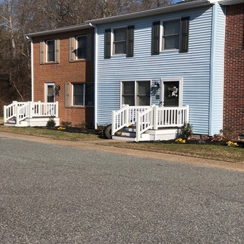 14345 Benns Church Boulevard 2-3 Beds Apartment for Rent Photo Gallery 1