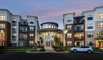 20200 Poplar Creek Parkway 1-2 Beds Apartment for Rent Photo Gallery 1