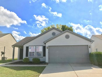 7433 Redcliff Road 3 Beds House for Rent Photo Gallery 1