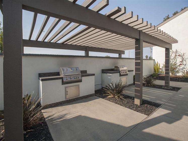 Pet-Friendly Apartments in Salinas CA - Sheridan Park Apartments Barbeque Grill