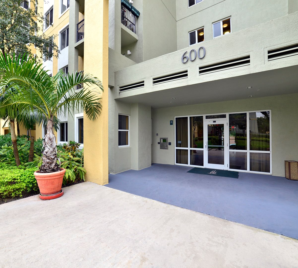 Tuscany Apartments: Apartments In Miami, FL
