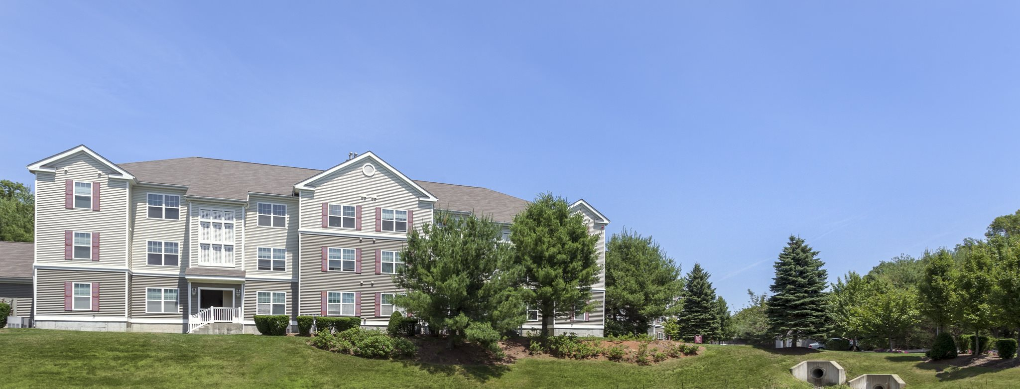 Landscaping at Franklin Commons Apartments, 8 Gatehouse Lane, Franklin, MA 02038