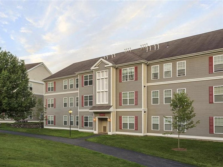 Three Floor Apartments at Franklin Commons Apartments in Franklin, MA