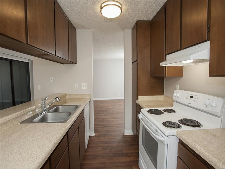 Salinas CA Apartments for Rent - Woodside Park Apartments Kitchen