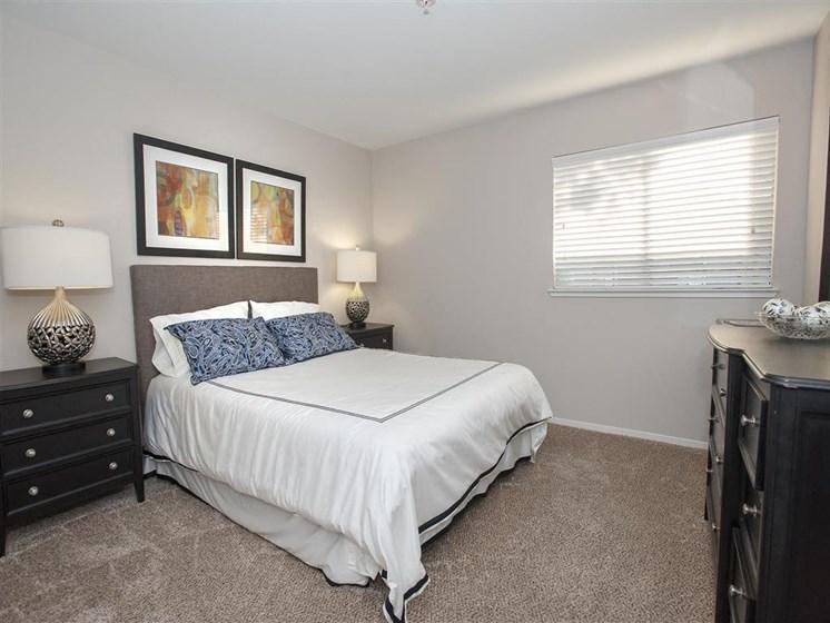 Salinas CA Apartments - Cypress Creek Apartments Bedroom