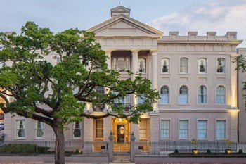 1823 Prytania St.  1-3 Beds Apartment for Rent Photo Gallery 1
