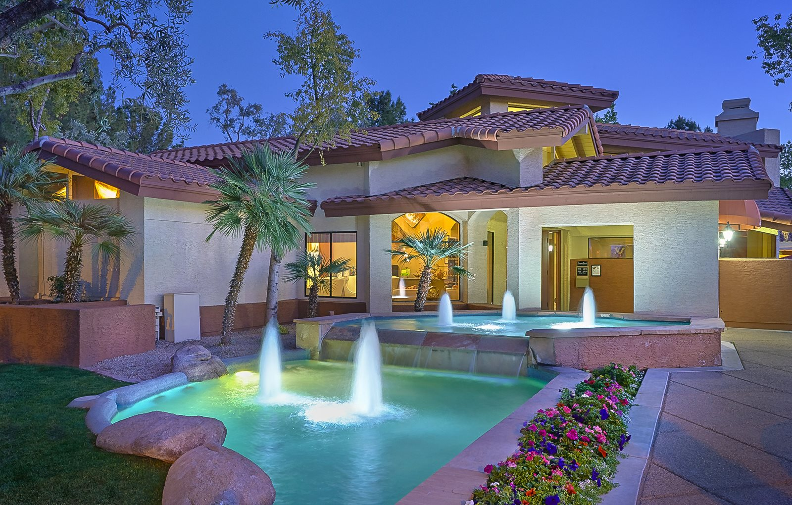 Sparkling Swimming Pool at Country Brook Apartments, Chandler, AZ