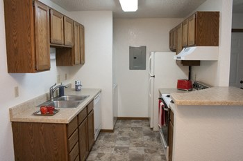 1549 8Th Ave S 1 Bed Townhouse for Rent Photo Gallery 1