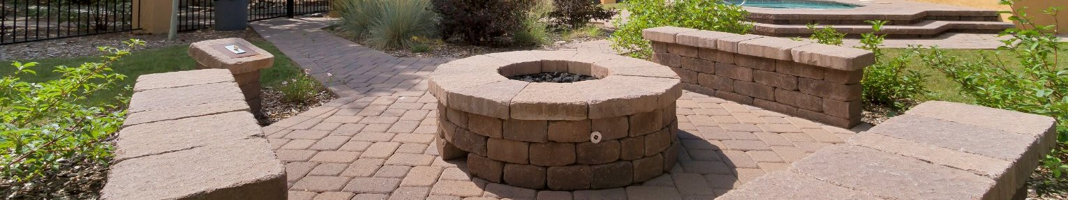 community fire pit at aspen leaf apartments in flagstaff az